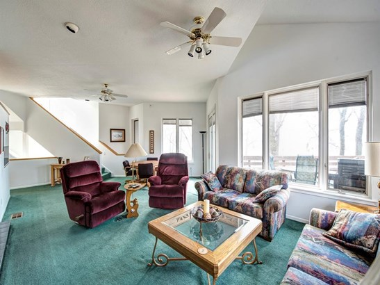 Contemporary/Modern,Split Level, Cross Property - Livingston, TX (photo 4)