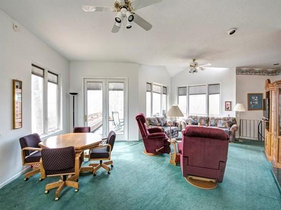 Contemporary/Modern,Split Level, Cross Property - Livingston, TX (photo 5)