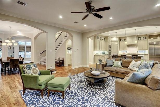 Traditional, Cross Property - Houston, TX (photo 4)