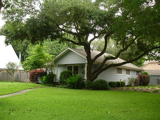 Single Family Detached, Traditional - Houston, TX (photo 1)