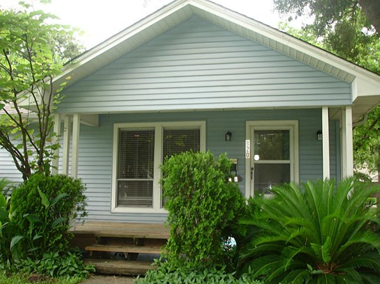 Single Family Detached, Traditional - Houston, TX (photo 2)