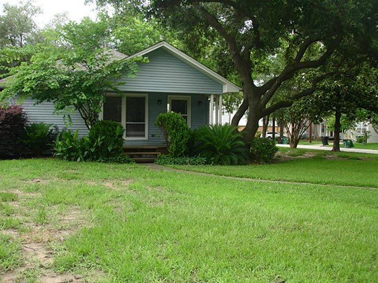 Single Family Detached, Traditional - Houston, TX (photo 3)