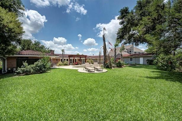 Cross Property - Houston, TX (photo 3)