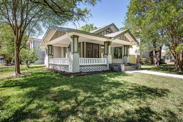 Single Family Detached, Traditional - Houston, TX (photo 2)