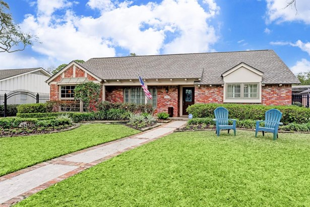 Ranch,Traditional, Cross Property - Houston, TX (photo 1)