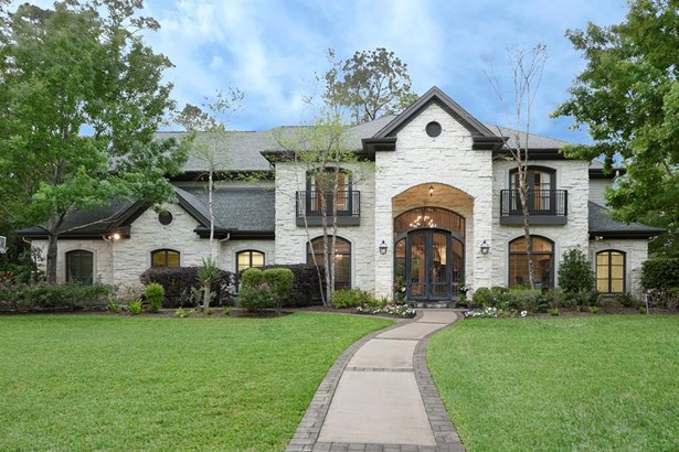 Traditional, Cross Property - Bunker Hill Village, TX