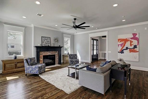 Contemporary/Modern,Traditional, Cross Property - Houston, TX (photo 5)