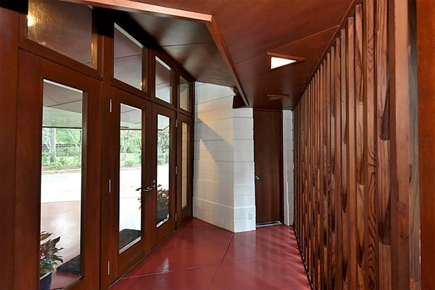 Cross Property, Contemporary/Modern - Bunker Hill, TX (photo 4)