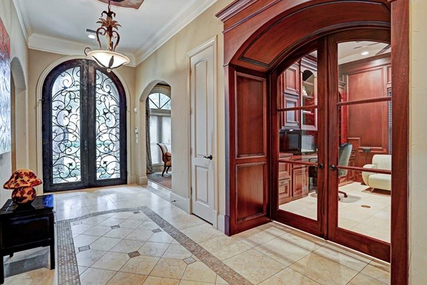 Mediterranean,Traditional, Cross Property - West University Place, TX (photo 3)