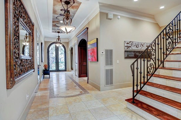 Mediterranean,Traditional, Cross Property - West University Place, TX (photo 4)
