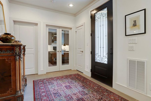 Contemporary/Modern,Traditional, Townhouse - Houston, TX (photo 4)
