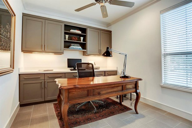 Contemporary/Modern,Traditional, Townhouse - Houston, TX (photo 5)
