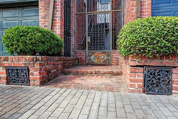 Townhouse, Traditional - Houston, TX (photo 4)