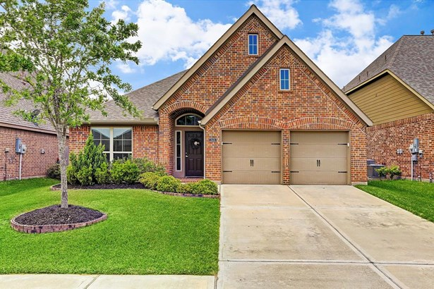 Ranch,Traditional, Cross Property - Pearland, TX (photo 1)
