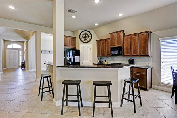 Ranch,Traditional, Cross Property - Pearland, TX (photo 3)