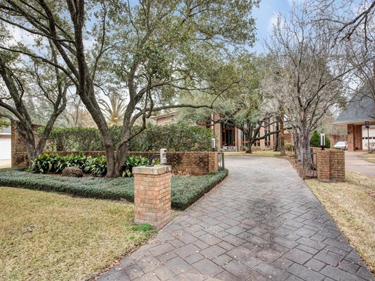 Contemporary/Modern,Traditional, Cross Property - Bunker Hill Village, TX (photo 2)