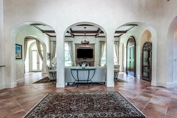 Mediterranean,Traditional, Cross Property - Houston, TX (photo 2)