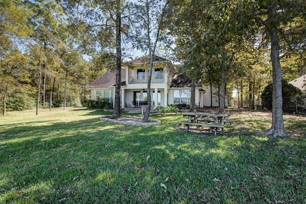 Traditional, Cross Property - Livingston, TX (photo 5)