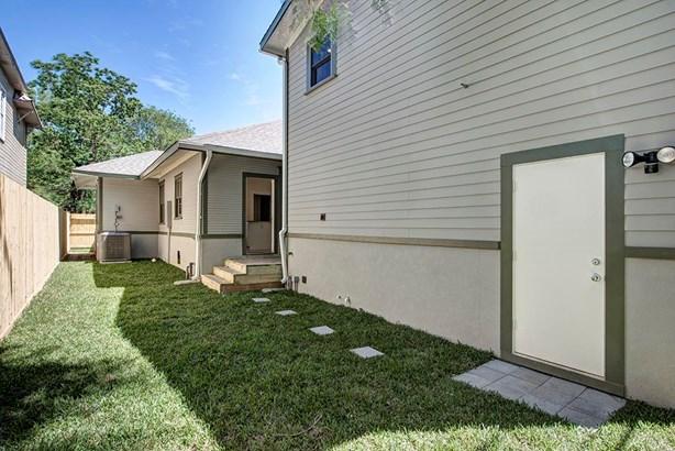 Multi-Family Detached - Houston, TX (photo 3)