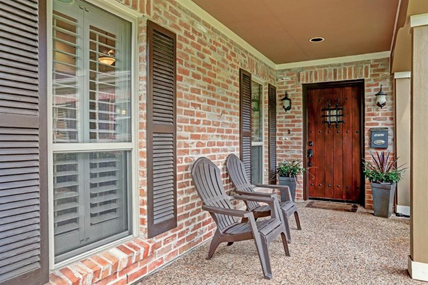 Traditional, Cross Property - Bunker Hill Village, TX (photo 2)