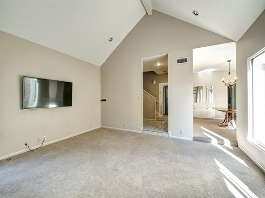 Condominium, Traditional - Houston, TX (photo 3)