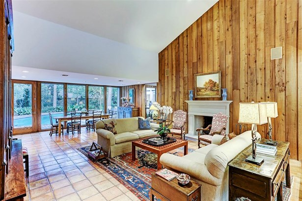 Contemporary/Modern,Traditional, Cross Property - Hunters Creek Village, TX (photo 1)