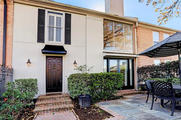 Townhouse, Traditional - Houston, TX (photo 2)