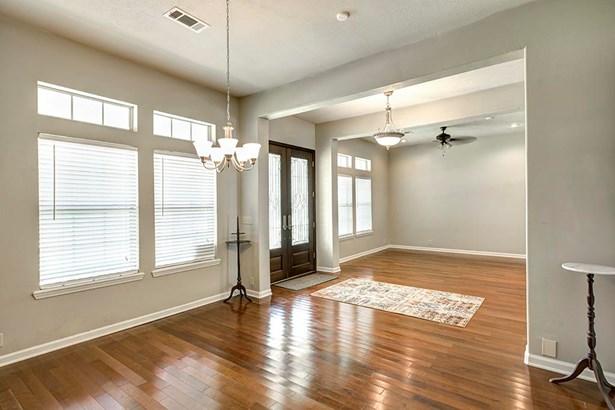 Colonial,Traditional, Cross Property - Livingston, TX (photo 3)