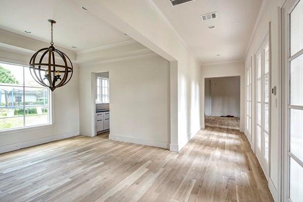 Traditional, Cross Property - Houston, TX (photo 5)