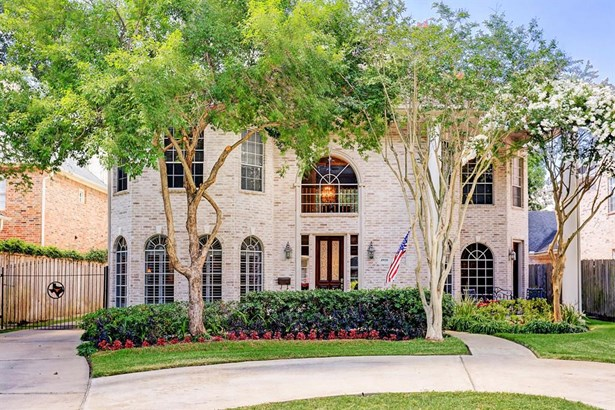 Traditional, Cross Property - Bellaire, TX