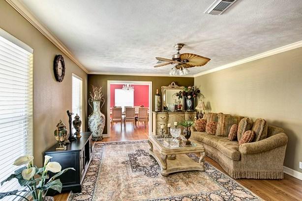 Cross Property - Houston, TX (photo 5)