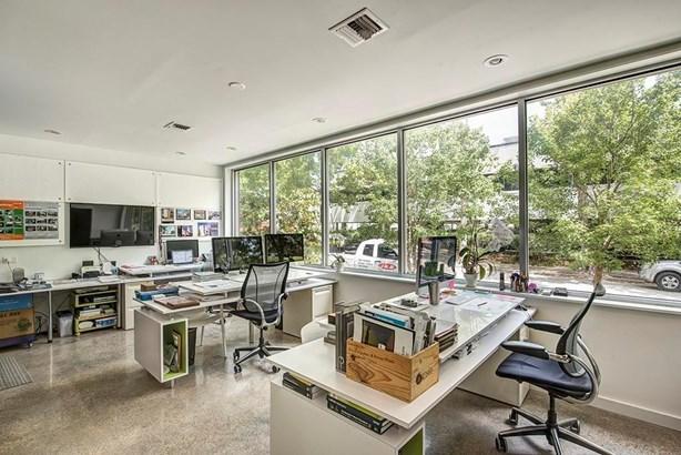 Townhouse, Contemporary/Modern - Houston, TX (photo 5)
