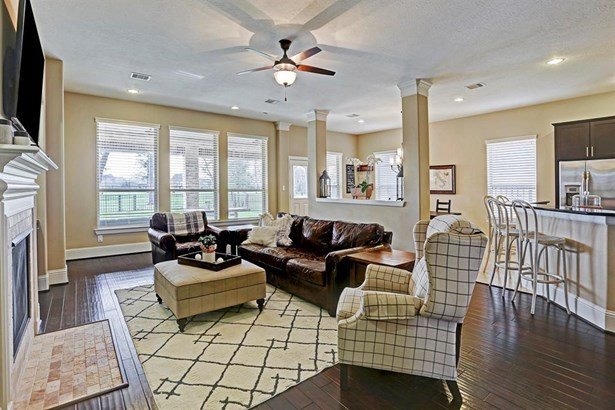 Traditional, Cross Property - Humble, TX (photo 2)