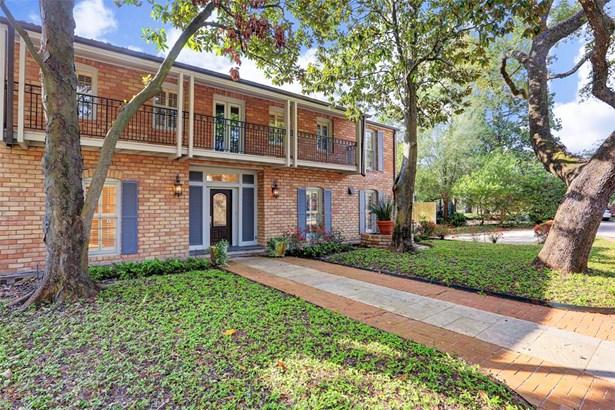 Traditional, Cross Property - Houston, TX (photo 3)