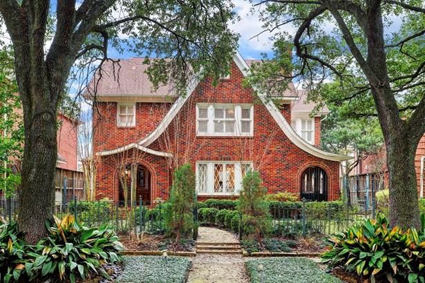 English,Traditional, Cross Property - Houston, TX