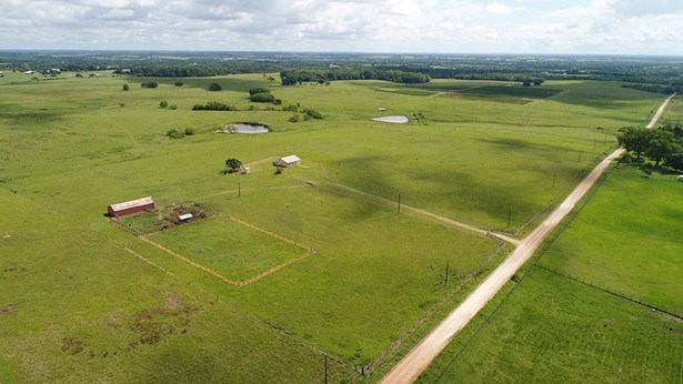 Ranch, Free Standing - Chappell Hill, TX (photo 2)