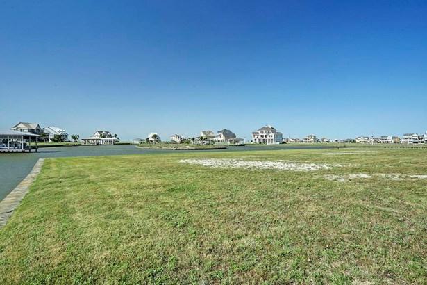 Cross Property - Hitchcock, TX (photo 4)