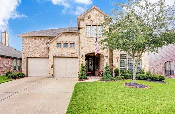 Traditional, Cross Property - Pearland, TX (photo 1)