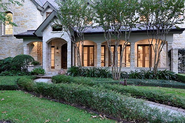 Traditional, Cross Property - Bunker Hill, TX (photo 2)