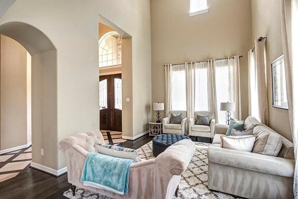 Mediterranean,Traditional, Cross Property - Humble, TX (photo 3)