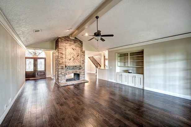 Single Family Detached, Ranch - Cypress, TX (photo 2)