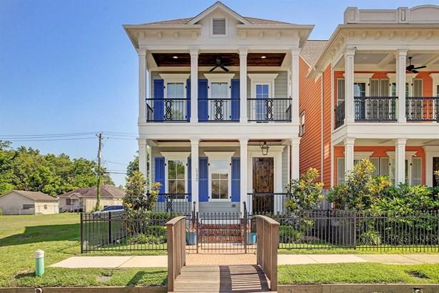 Single-Family, Traditional,Victorian - Houston, TX