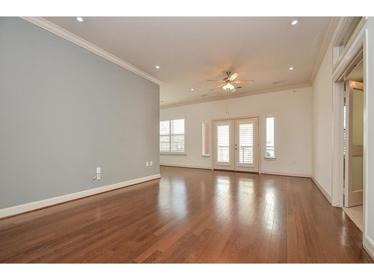 Cross Property - Houston, TX (photo 1)