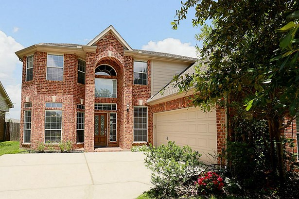 Traditional, Cross Property - Spring, TX (photo 2)