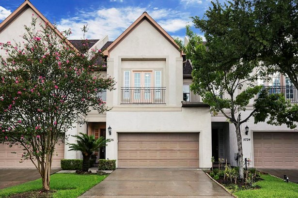 Townhouse, Traditional - Bellaire, TX (photo 1)