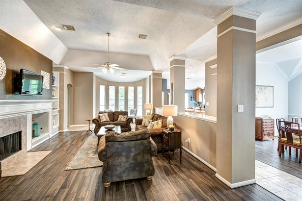 Traditional, Cross Property - Pearland, TX (photo 3)