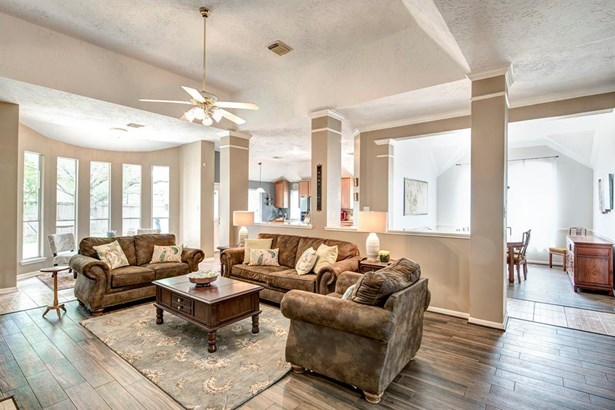 Traditional, Cross Property - Pearland, TX (photo 5)