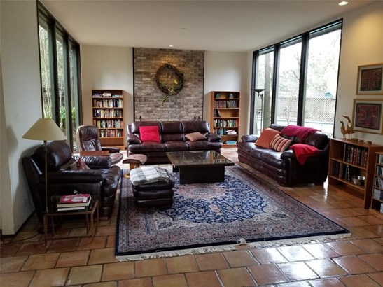 Cross Property, Contemporary/Modern - Hedwig Village, TX (photo 4)