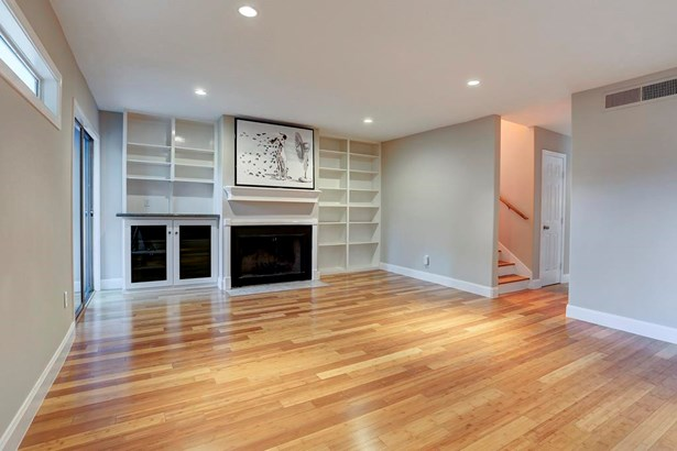 Townhouse, Contemporary/Modern - Houston, TX (photo 3)