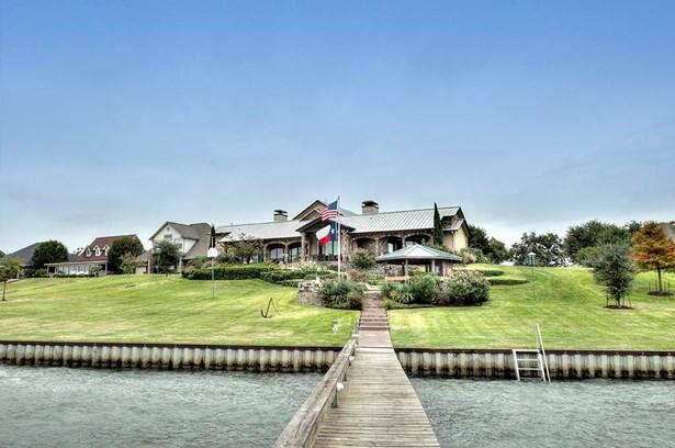 Traditional, Cross Property - Livingston, TX (photo 1)